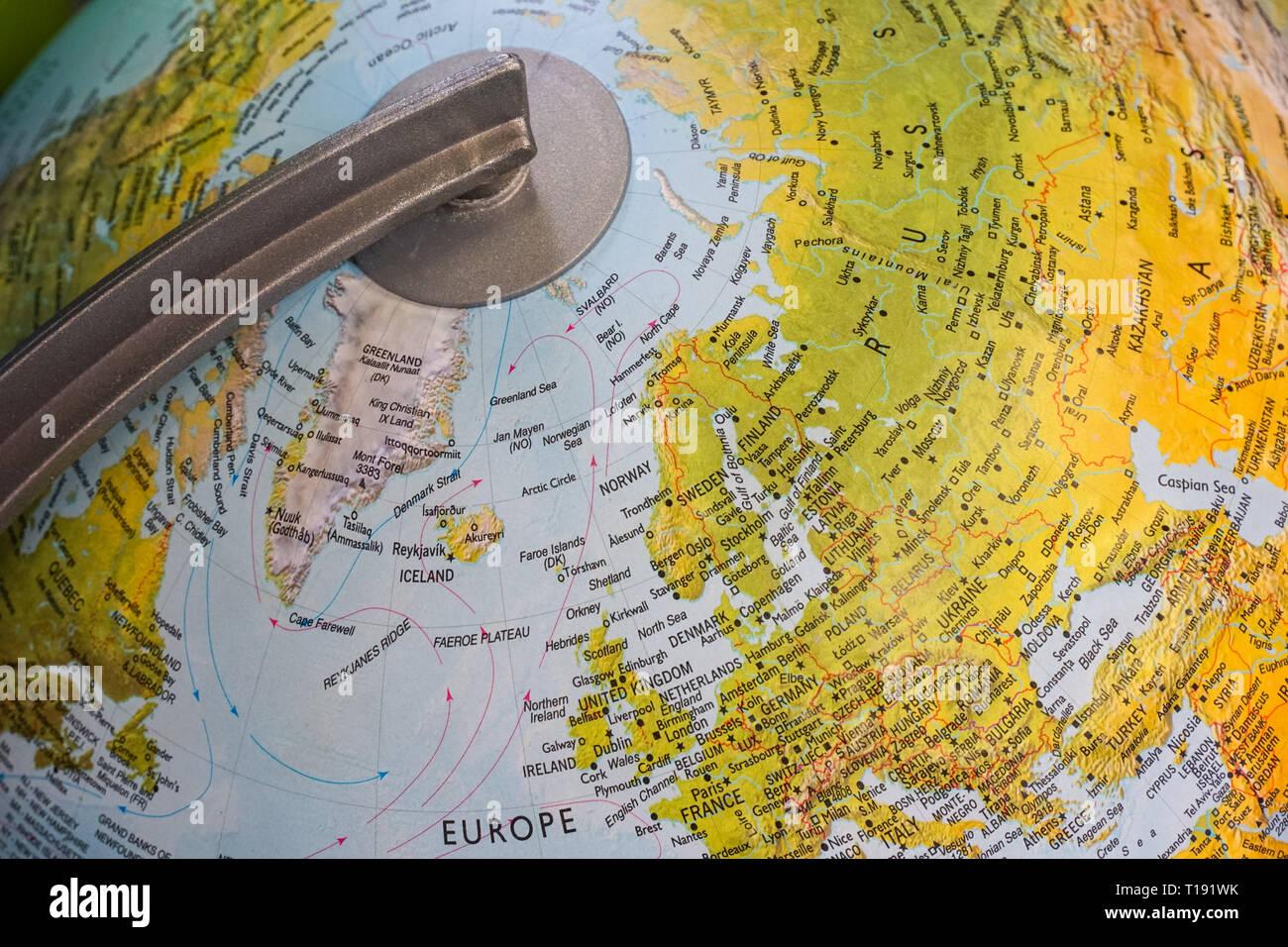 Sur un globe terrestre de l'hémisphère nord Photo Stock