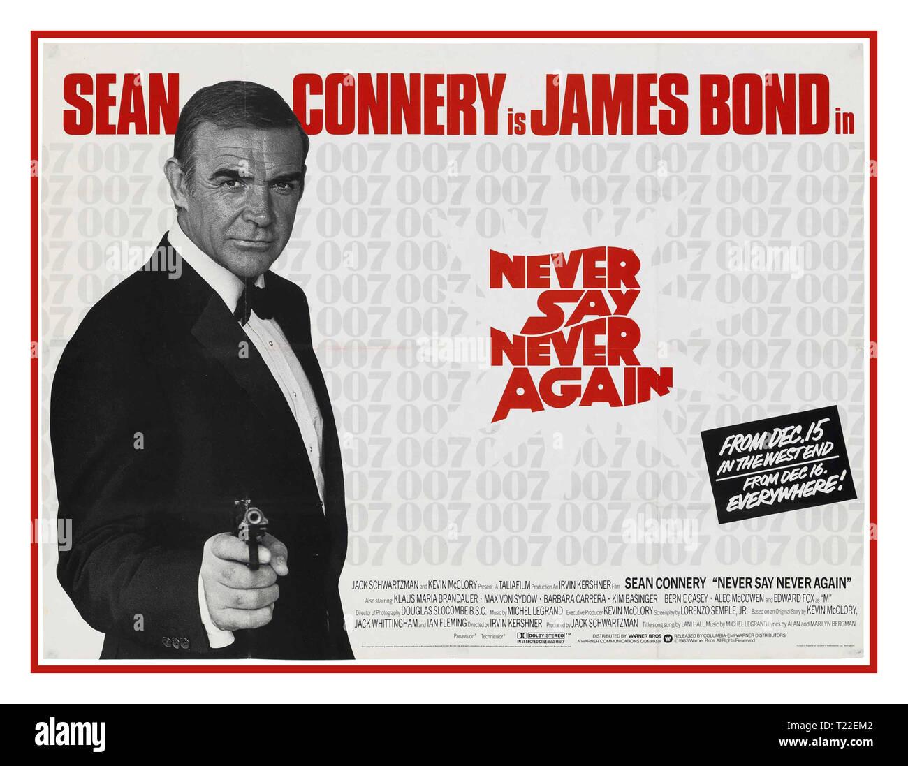 Vintage poster James Bond film 1983 NE JAMAIS DIRE JAMAIS ENCORE Sean Connery est James Bond 007 dans Never Say Never Again Movie Poster James Bond ' M' (Edward Fox) British Intelligence espion. Spectre états Fatima Bush (Barbara Carrera) Spectre de l'espionnage. Date de sortie 15 Décembre 1983 Photo Stock