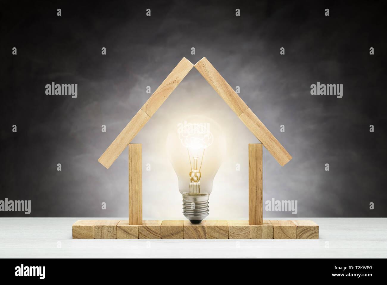 Concept D Idée Ampoule Lumière Allumée à L Intérieur D Une