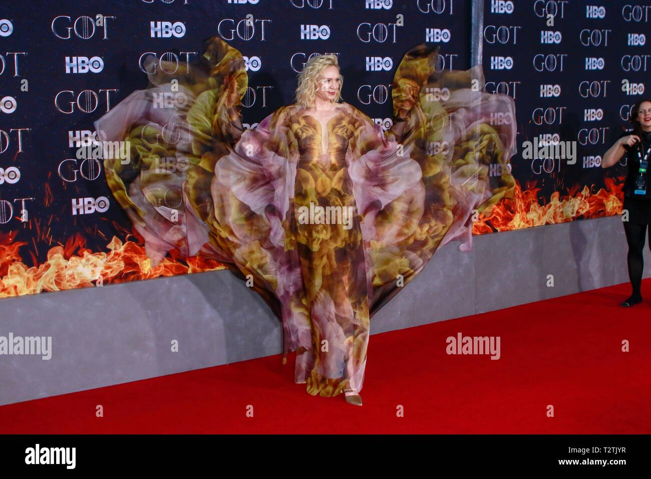 New York, NY, USA. 3ème apr 2019. Gwendoline Christie au New York première tapis rouge de la dernière saison de HBO's Game Of Thrones au Radio City Music Hall le 3 avril 2019 à New York. Crédit : Diego Corredor Punch/media/Alamy Live News Photo Stock