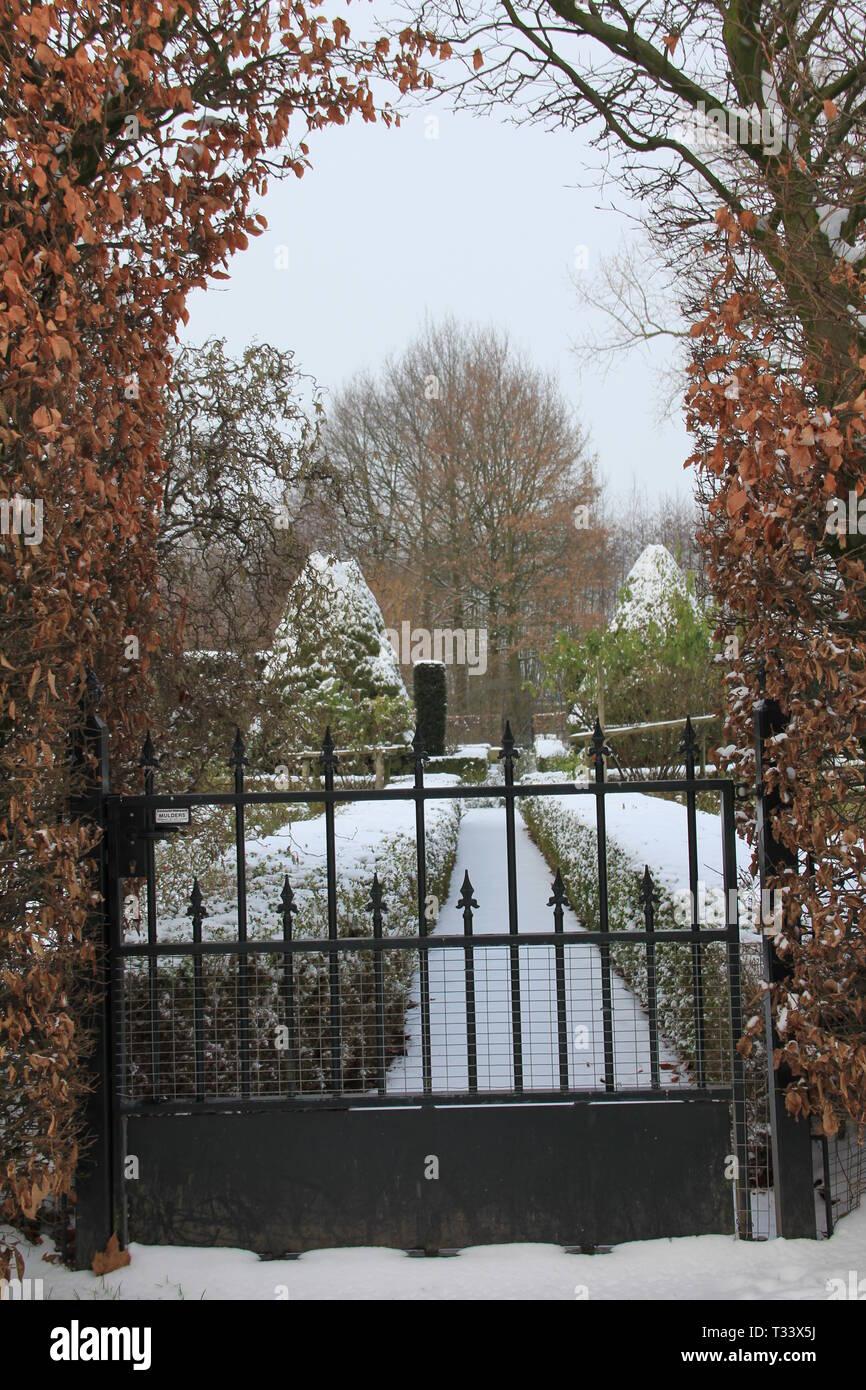 Château d'Hernen en hiver Banque D'Images