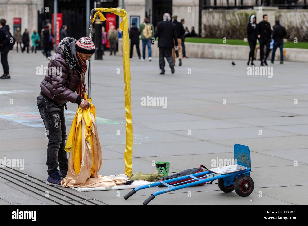 Artiste de rue, Trafalgar Square, Londres, Samedi, Mars 23, 2019.Photo: David Rowland / One-Image.com Photo Stock