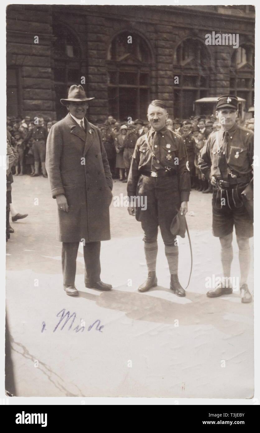 Hitler In Lederhosen Banque D Image Et Photos Alamy