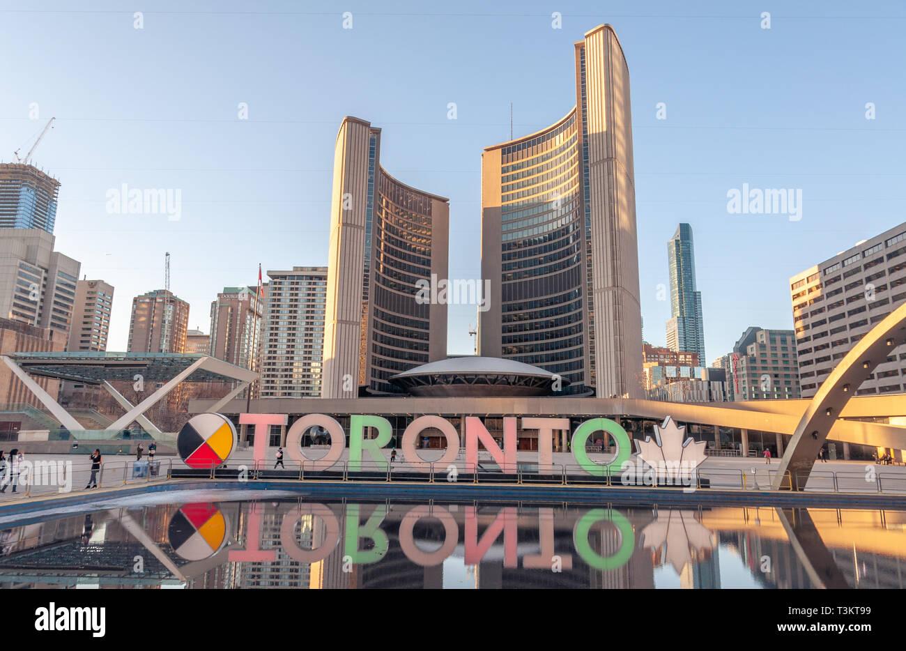 Ville de Toronto au Nathan Phillips Square Banque D'Images
