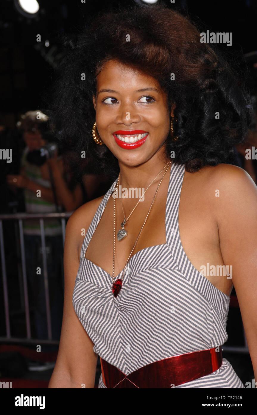 LOS ANGELES, CA. 08 septembre 2005: la chanteuse KELIS au Los Angeles première de tout comme le ciel au Grauman's Chinese Theatre, à Hollywood. © 2005 Paul Smith / Featureflash Photo Stock