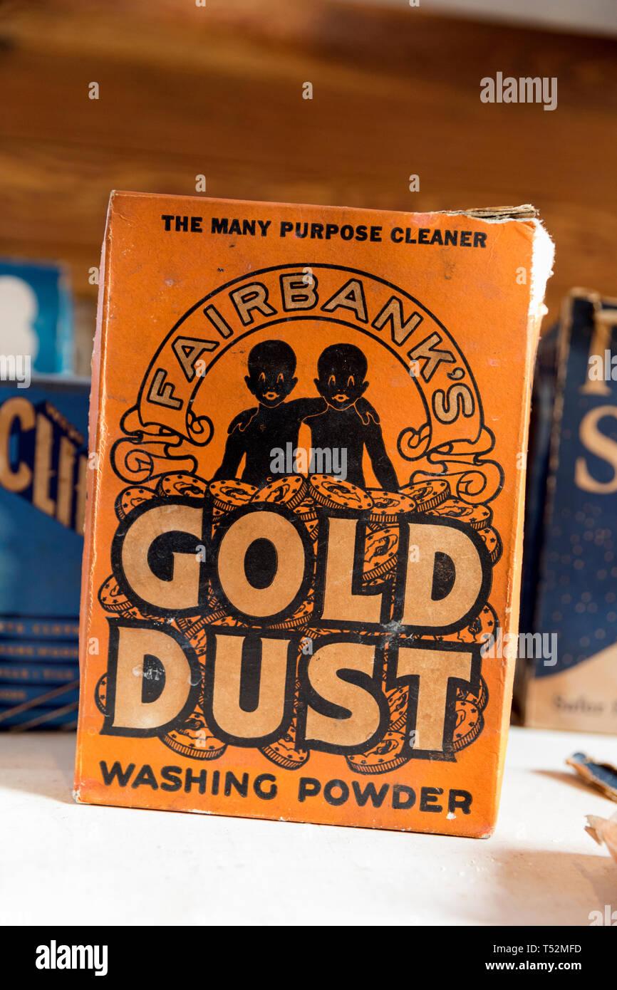 Fort de poudre d'or poudre à laver, politiquement incorrect packaging Photo Stock