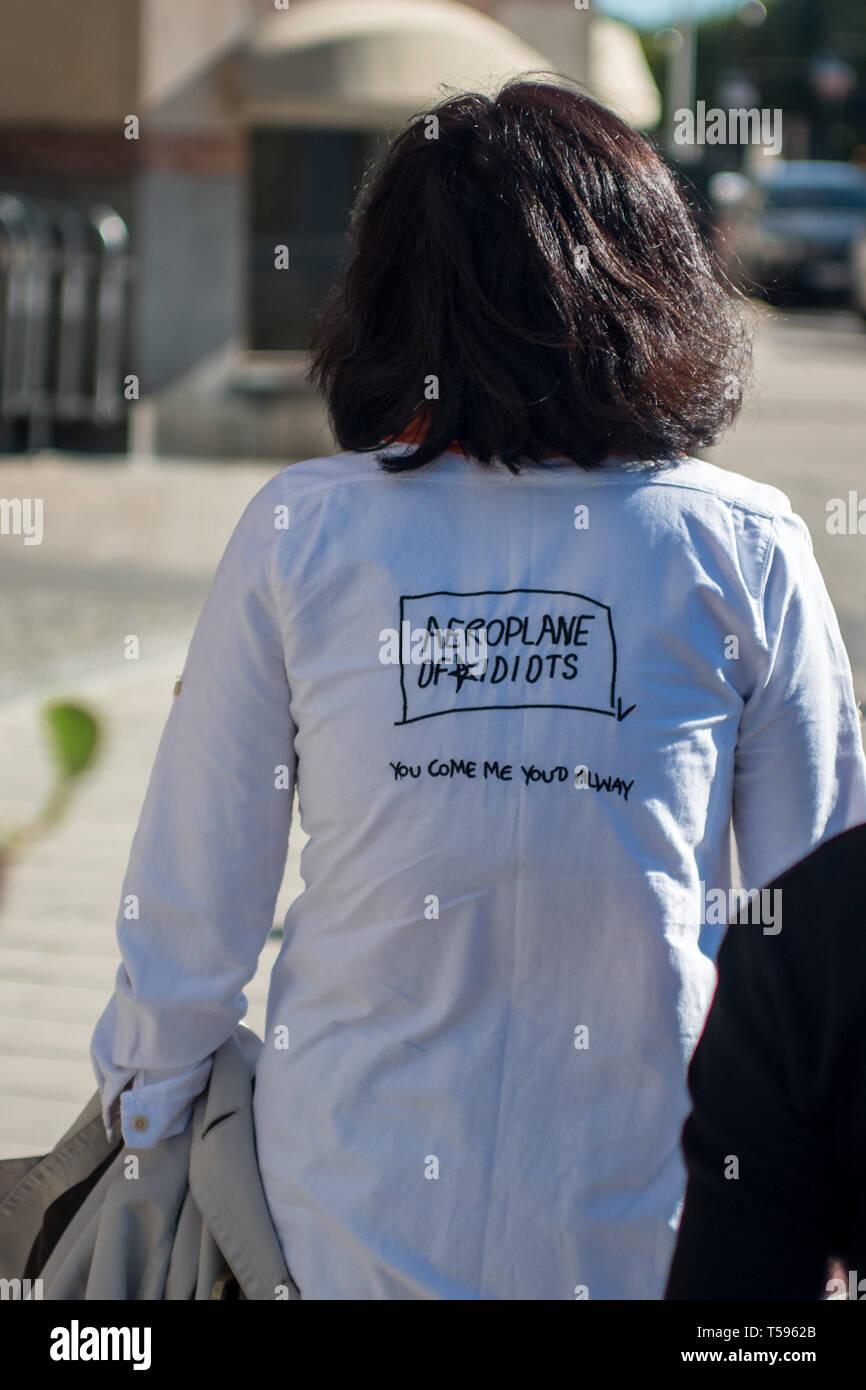 Anglais inintelligible vu sur le t-shirt d'un touriste à Stockholm Photo Stock