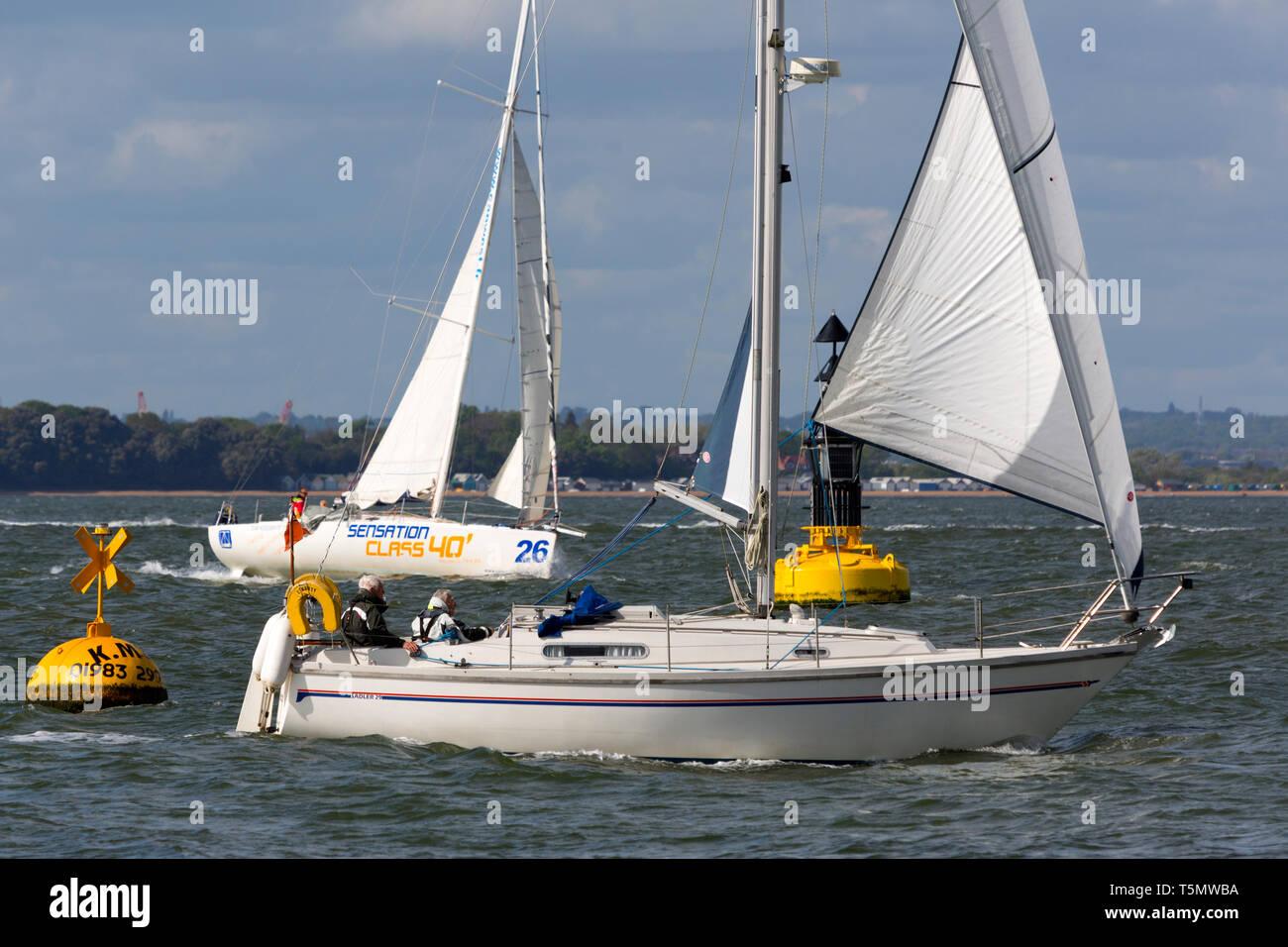 Sadler 29,La Liberté,classe,40, yacht de croisière, voile,cruiser,retraités,voile,couple,rouleau,,bosse,foc, grand-voile,voile,long,distance,voyage,vacances,la Photo Stock