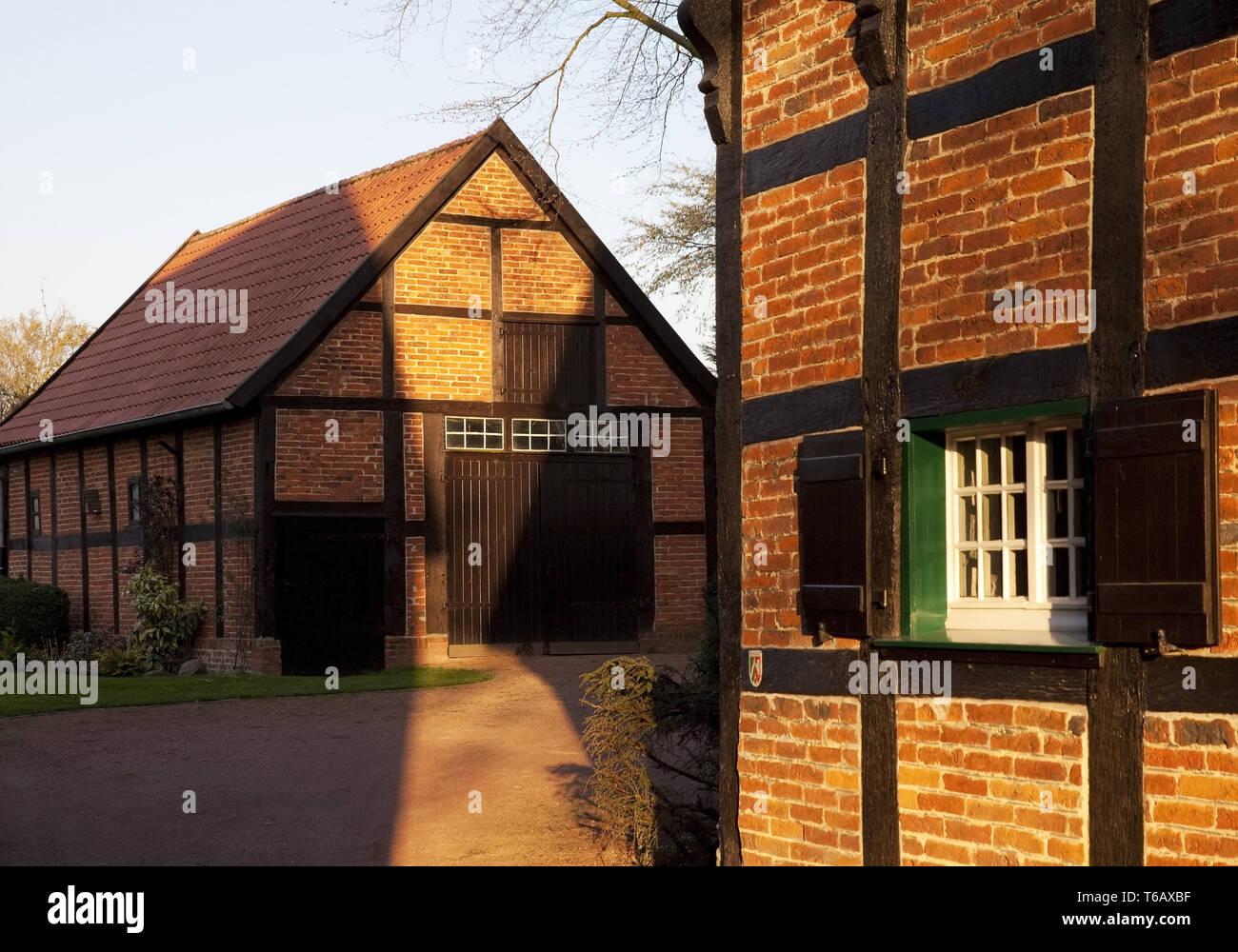Maisons à colombages sur la place Burgplatz, Oelde-Stromberg Nordrhein-westfalen, Allemagne Photo Stock