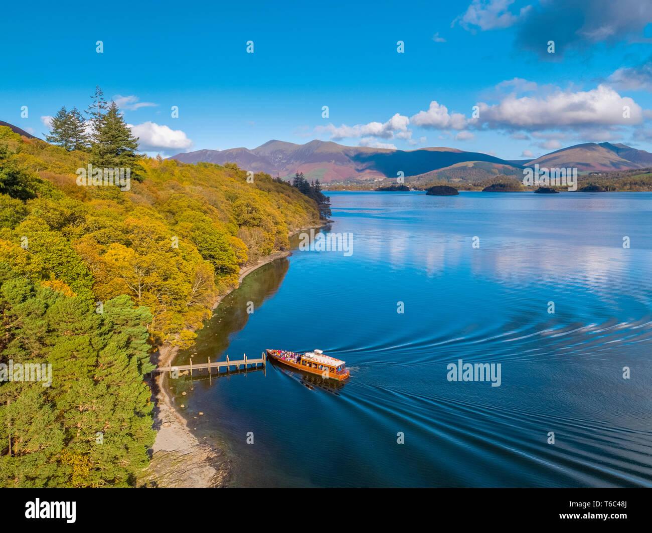 UK, Cumbria, Lake District, Keswick, Brandlehow Jetty et ferry Photo Stock