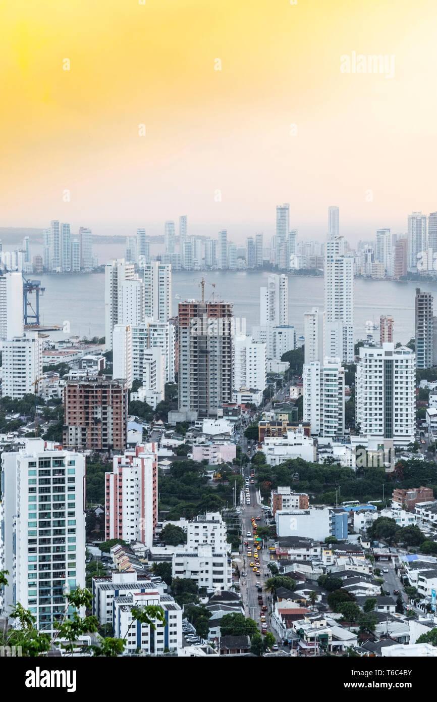 La Colombie, Côte Des Caraïbes, Cartagena, Caraïbes, vue sur les toits de la port de Carthagène Banque D'Images