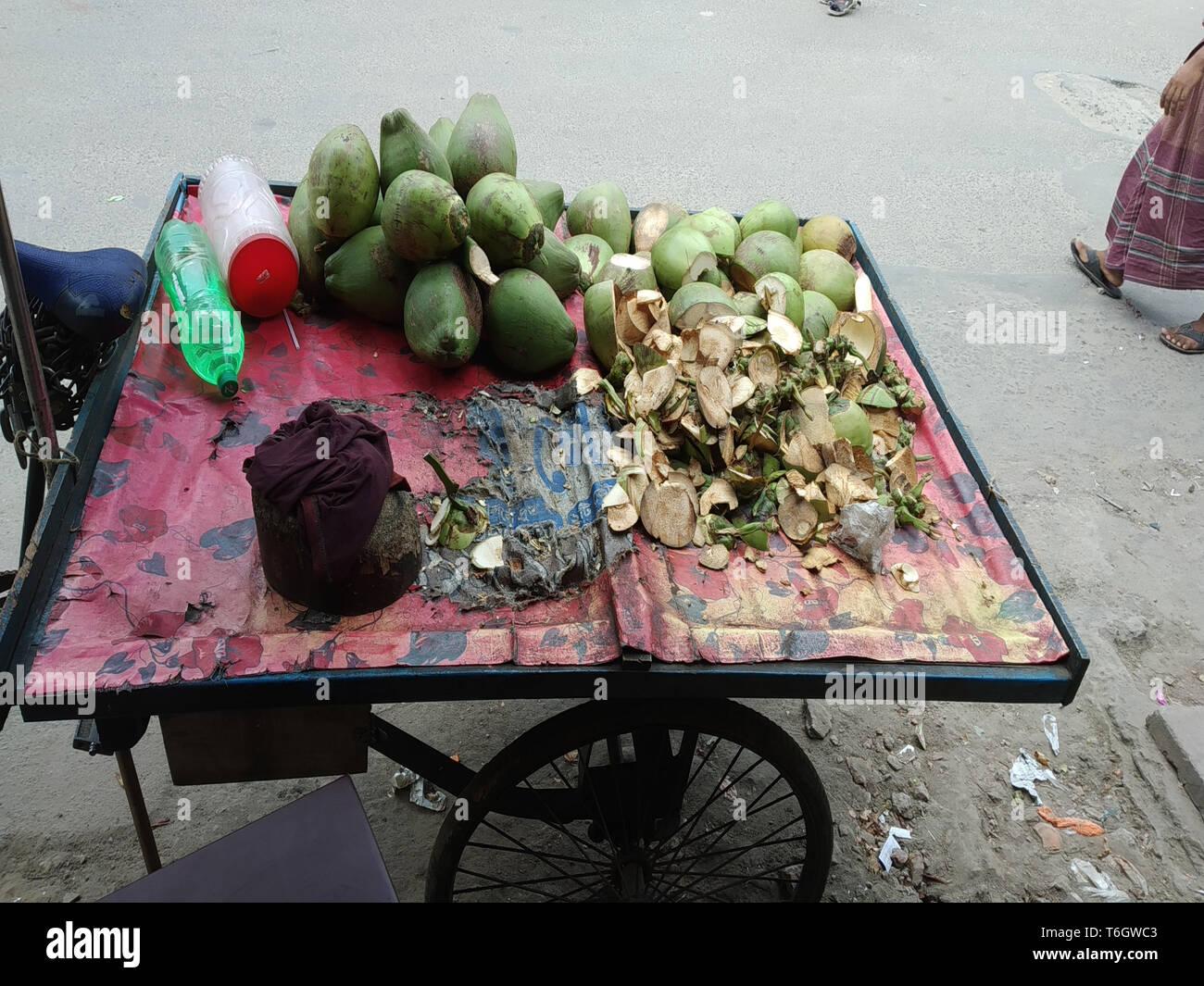 Avantages de l'huile de noix de coco pour les cheveux Photo Stock