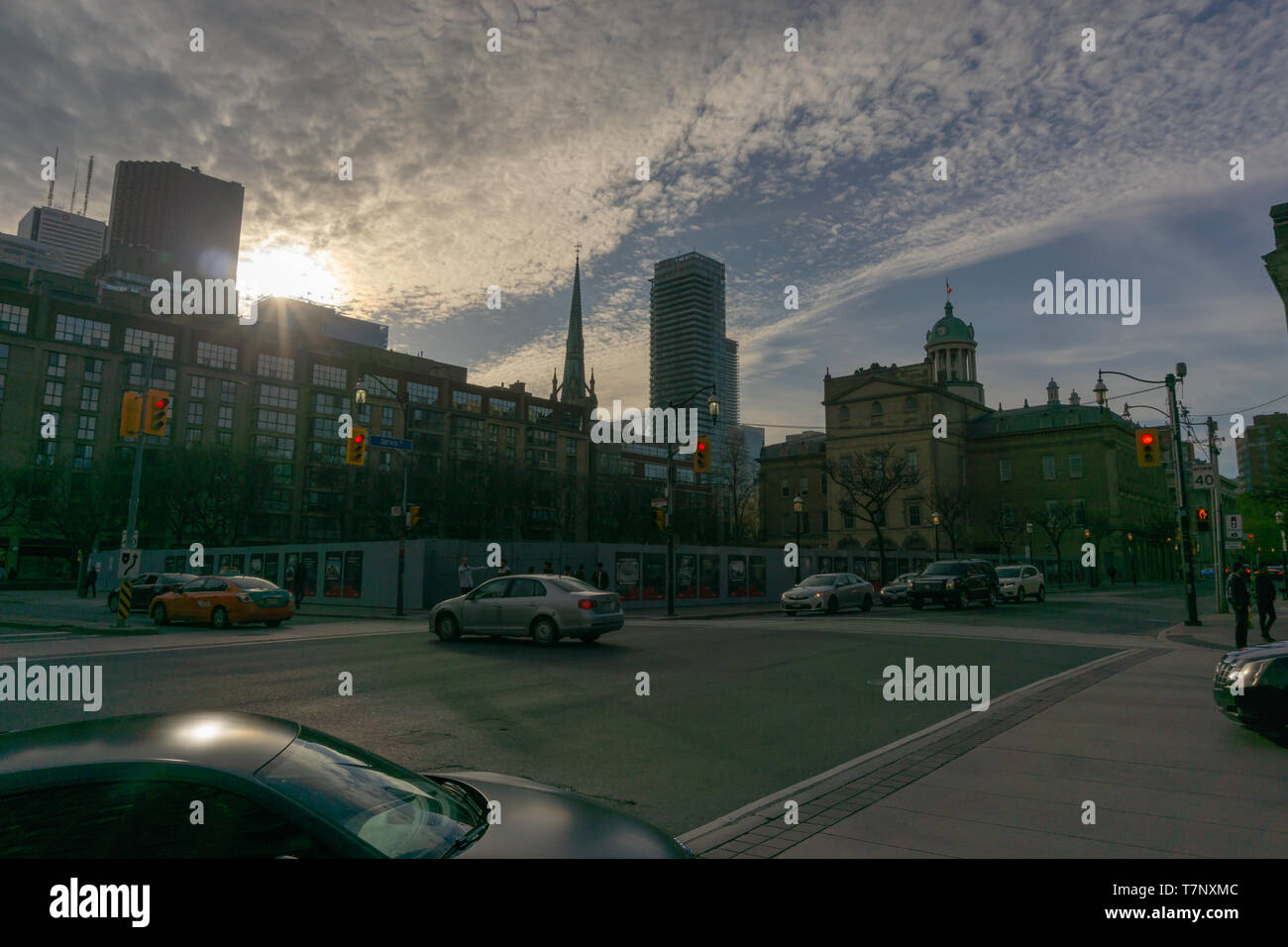 Bien que Toronto est dans le processus de croissance rapide, la ville reste encore très spécieux. Vous pouvez encore marcher très vite et sans se cogner dans quelqu'un:) Photo Stock