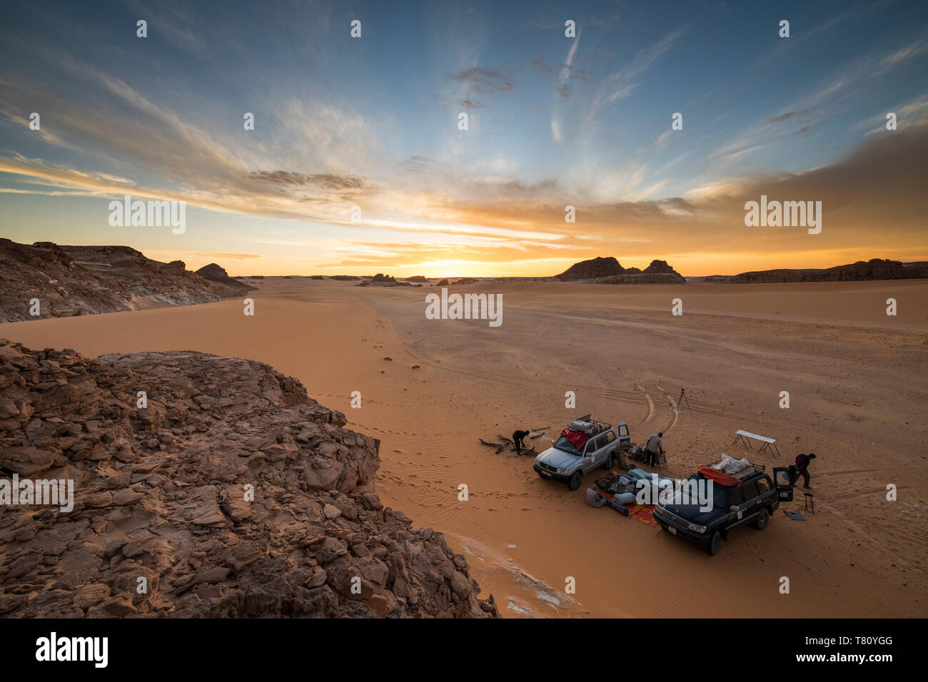 Des jeeps de l'expédition dans le Nord du Tchad, Afrique Banque D'Images