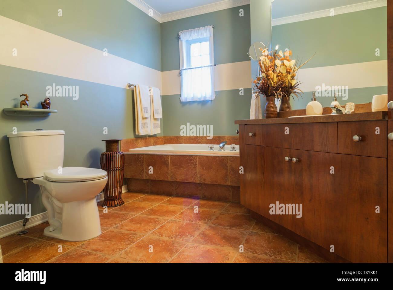Melamine Cabinet Photos & Melamine Cabinet Images - Alamy