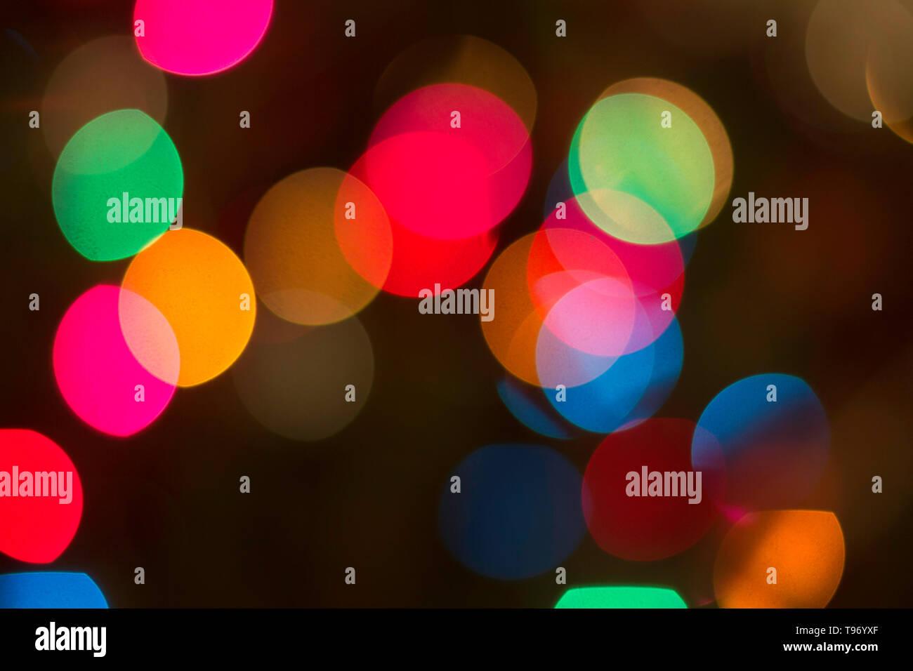 Résumé Les cercles flou Flou de couleur sur un fond noir Photo Stock