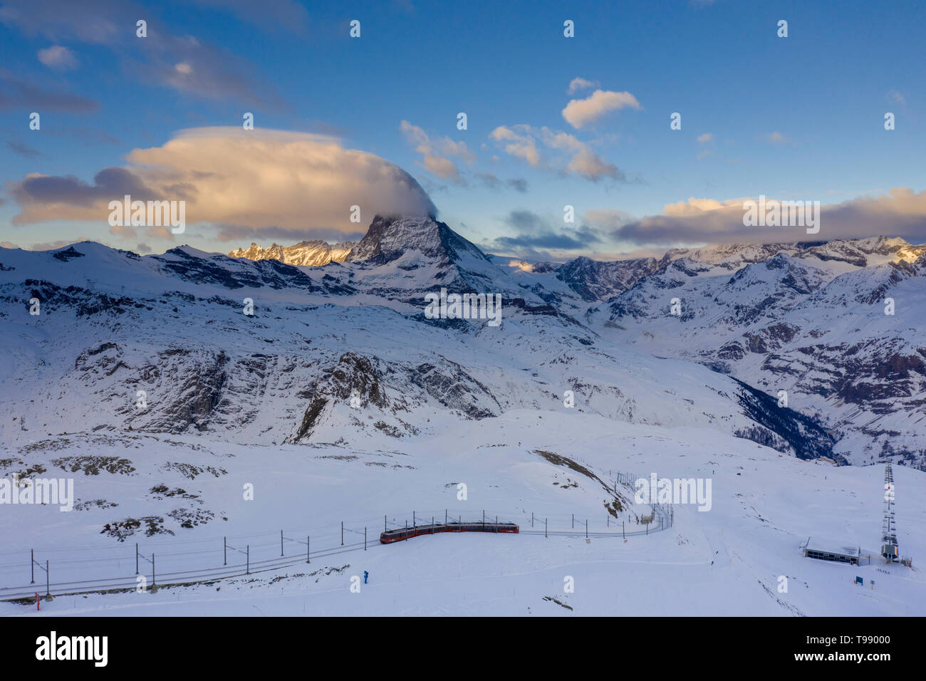 Sur le chemin de fer du Gornergrat Matterhorn, Zermatt, Suisse Banque D'Images