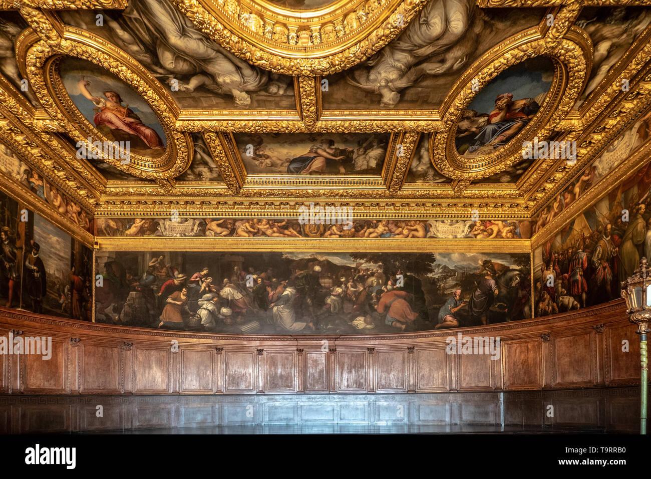 Venise, Italie - 18 Avril 2019 La Chambre du Conseil de dizaines au Palais des Doges. Détail de la peinture. Banque D'Images