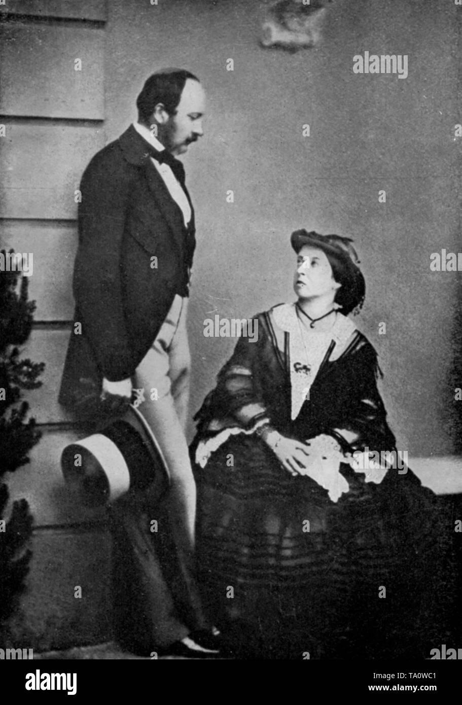 La reine Victoria (1819-1901) et le Prince consort (1819-1861) en 1860. Artiste: Lytton Strachey, la Martiniere, Londres. La reine Victoria (1819-1901) et le Prince consort (1819-1861) on voit ici l'année avant le Prince Consort est mort de la fièvre typhoïde. La reine Victoria est le monarque du Royaume-Uni de Grande-Bretagne et d'Irlande de 20 juin 1837 jusqu'à sa mort. Banque D'Images