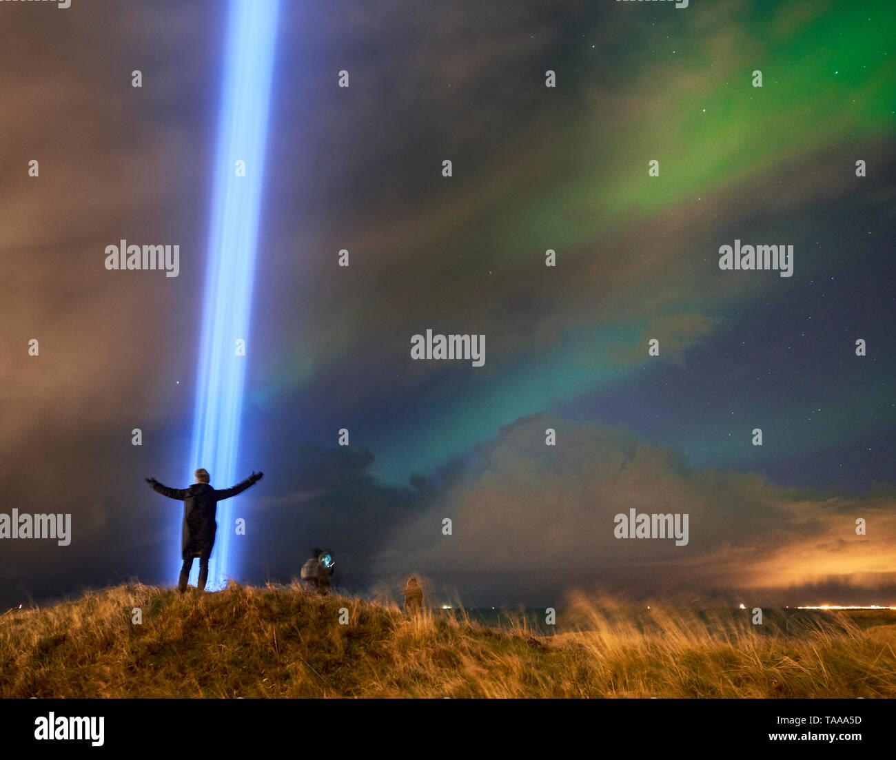 Imaginez la Tour de la paix, l'île Videy, Reykjavik, Islande Photo Stock