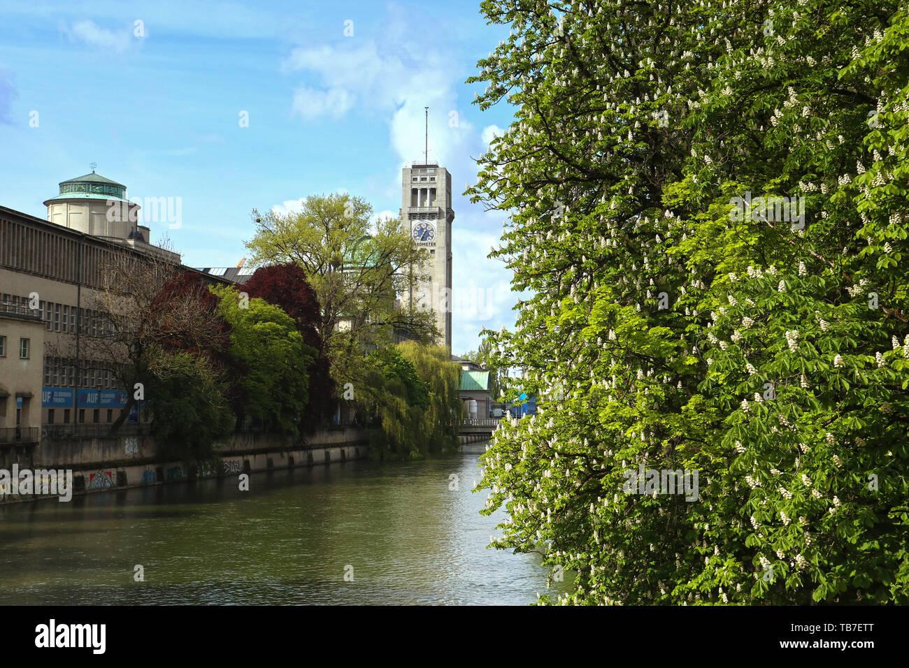 Munich, vue de Deutsches Museum Ludwig de bridge Banque D'Images