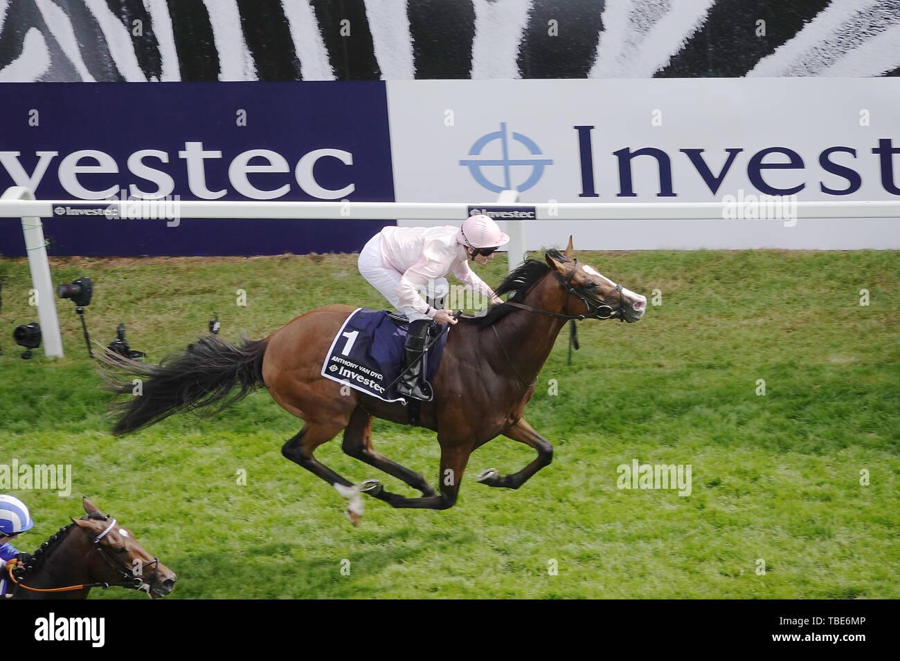 1er juin 2019. Epsom Downs, Surrey, UK Anthony Van Dyck remporte le derby en 2019 près d'un crédit d'appel: Motofoto/Alamy Live News Photo Stock