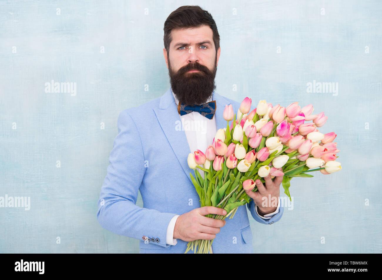 Bouquet de printemps. 8 mars Date de. l\u0027amour avec des
