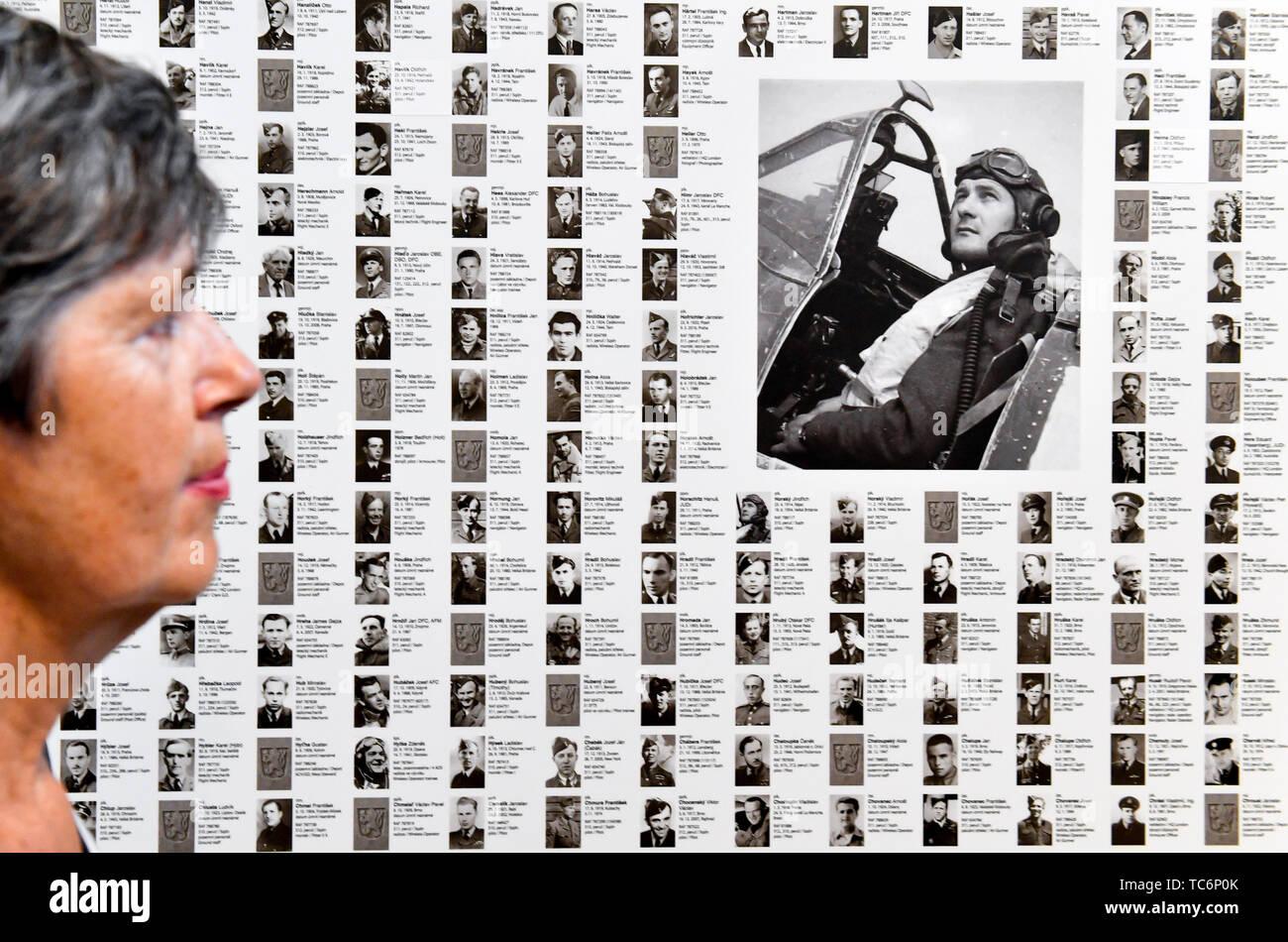 """Prague, République tchèque. 06 Juin, 2019. 'Les Chevaliers du Ciel"""" exposition a été lancée le 6 juin 2019, au Musée National à Prague, République tchèque. L'exposition commémore aviateurs tchécoslovaque au service de la Royal Air Force (RAF). (CTK Photo/Vit Simanek) Credit: CTK/Alamy Live News Photo Stock"""