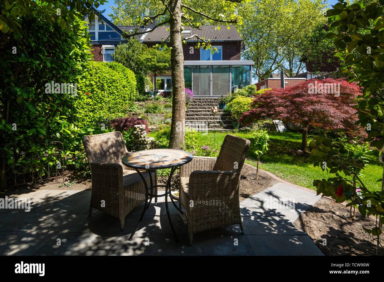 Maison d\'habitation avec jardin d\'hiver, maison unifamiliale, maison ...