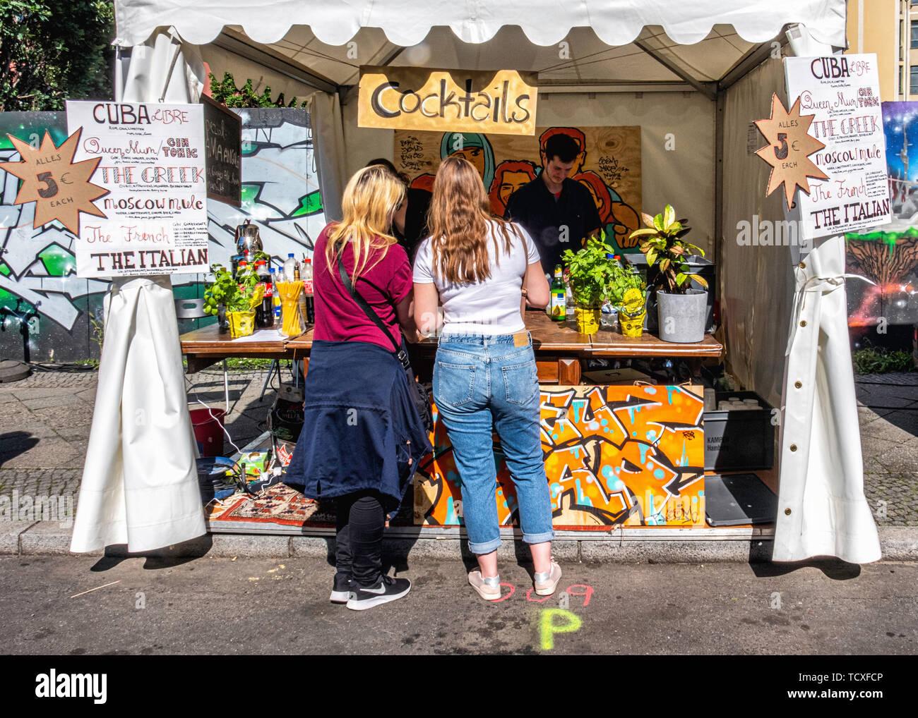 Berlin, Kreuzberg, Burg Frankenberg. 7ème -10ème Juin 2019. Carnaval des Cultures festival de rue: un événement annuel à la Pentecôte qui célèbre la diversité culturelle de la ville avec musique, culturel, et d'échoppes vendant de la nourriture et boissons du monde entier, de crédit: Eden Breitz/Alamy Photo Stock