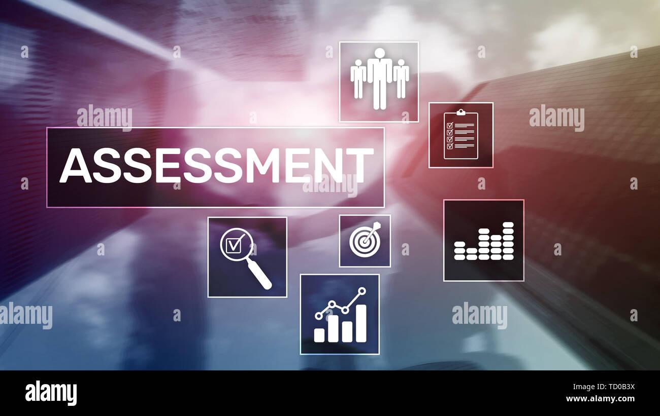 Mesure d'évaluation d'évaluation Analyse d'affaires et la technologie concept sur arrière-plan flou Photo Stock