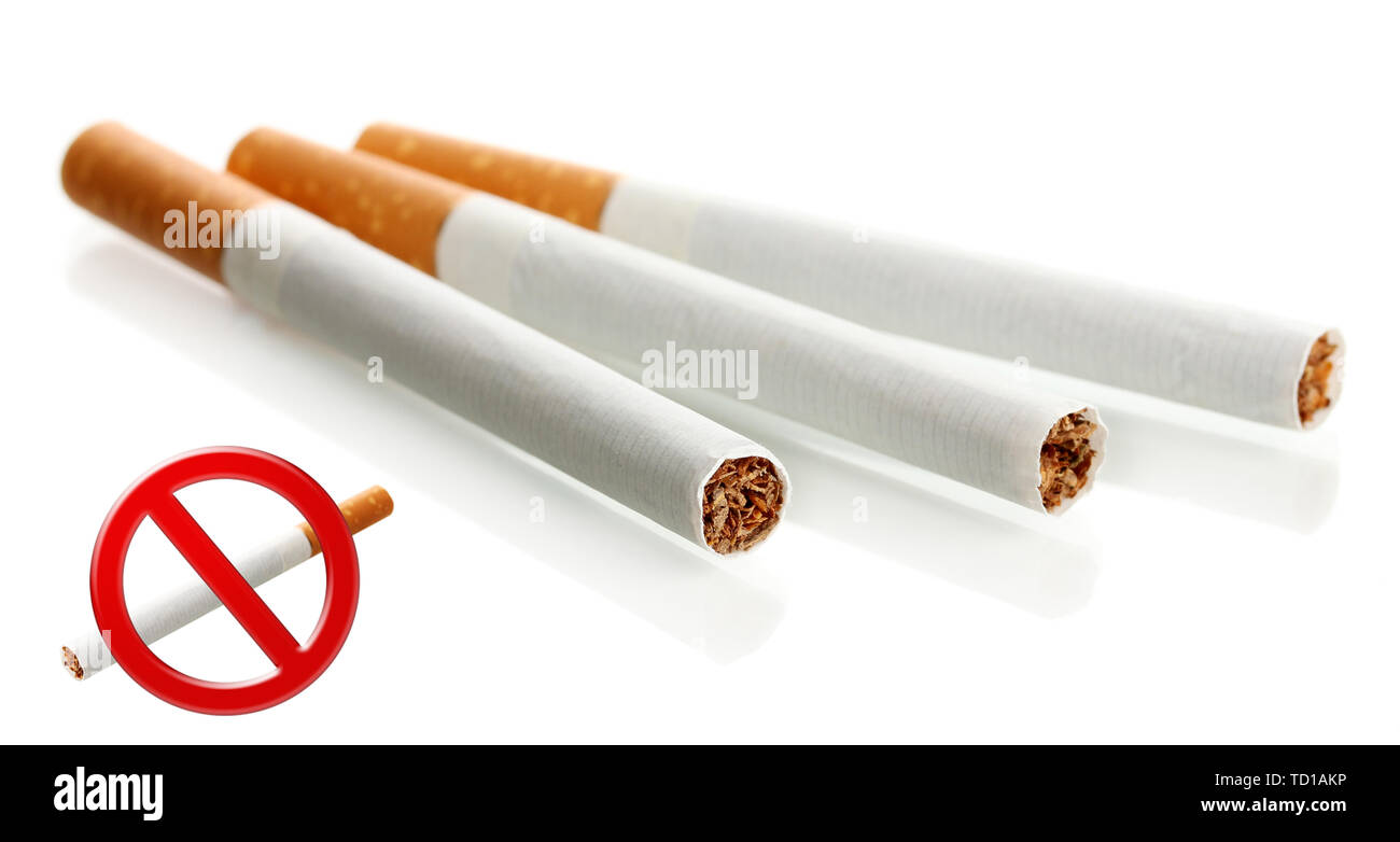 Les cigarettes, isolated on white Photo Stock
