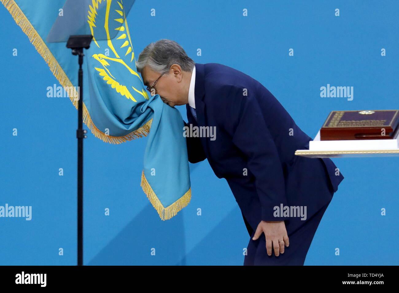 Nur sultan, le Kazakhstan. 12 Juin, 2019. NUR-Sultan, KAZAKHSTAN - Juin 12, 2019: Le Président élu Kassym-Jomart Tokayev étant assermentés à titre de président du Kazakhstan au Palais de l'indépendance. Valery/Sharifulin Crédit: TASS ITAR-TASS News Agency/Alamy Live News Photo Stock