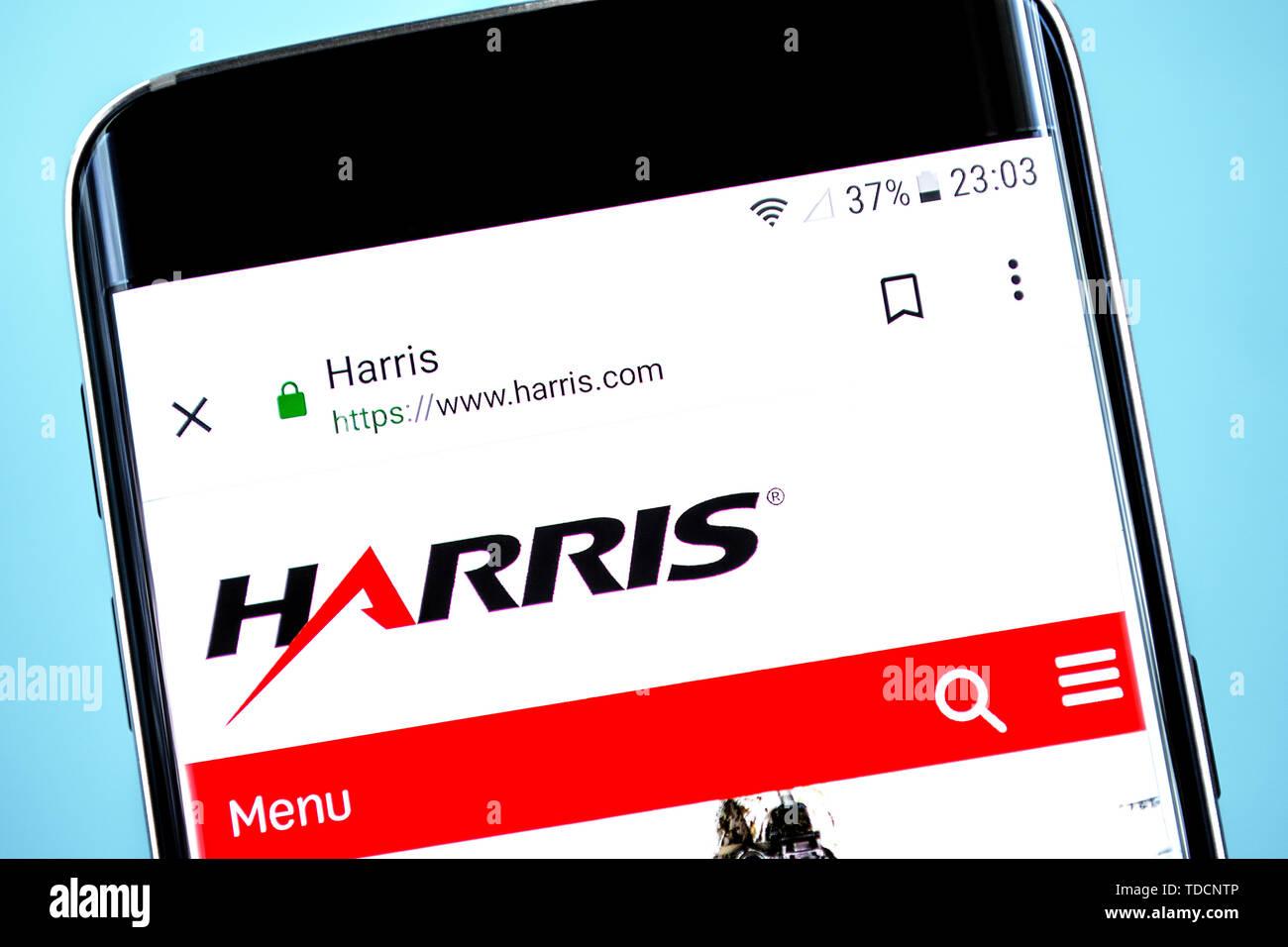 Berdiansk, Ukraine - 10 juin 2019: Harris accueil du site. Logo Harris visible sur l'écran du téléphone, rédaction d'illustration. Photo Stock