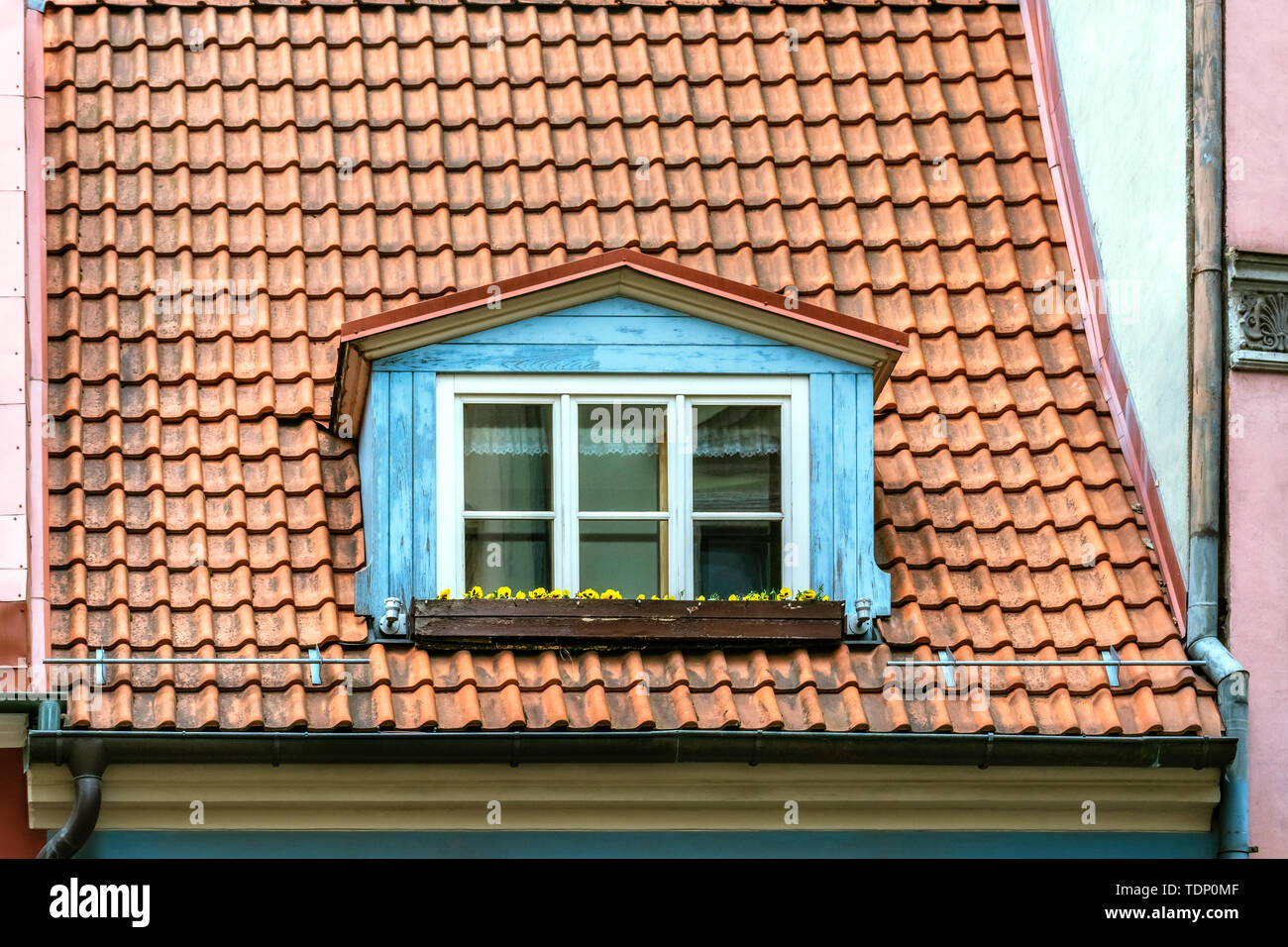 Mansard Roofing Photos & Mansard Roofing Images - Alamy