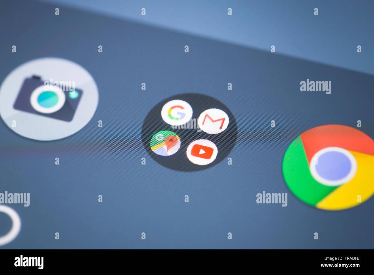 Logo Google Apps icône sur l'écran du téléphone mobile Photo Stock