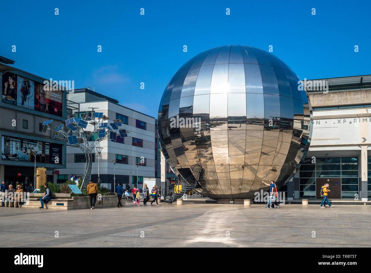 Millenium Square Bristol de l'ONU, Gloucestershire, England, UK Banque D'Images