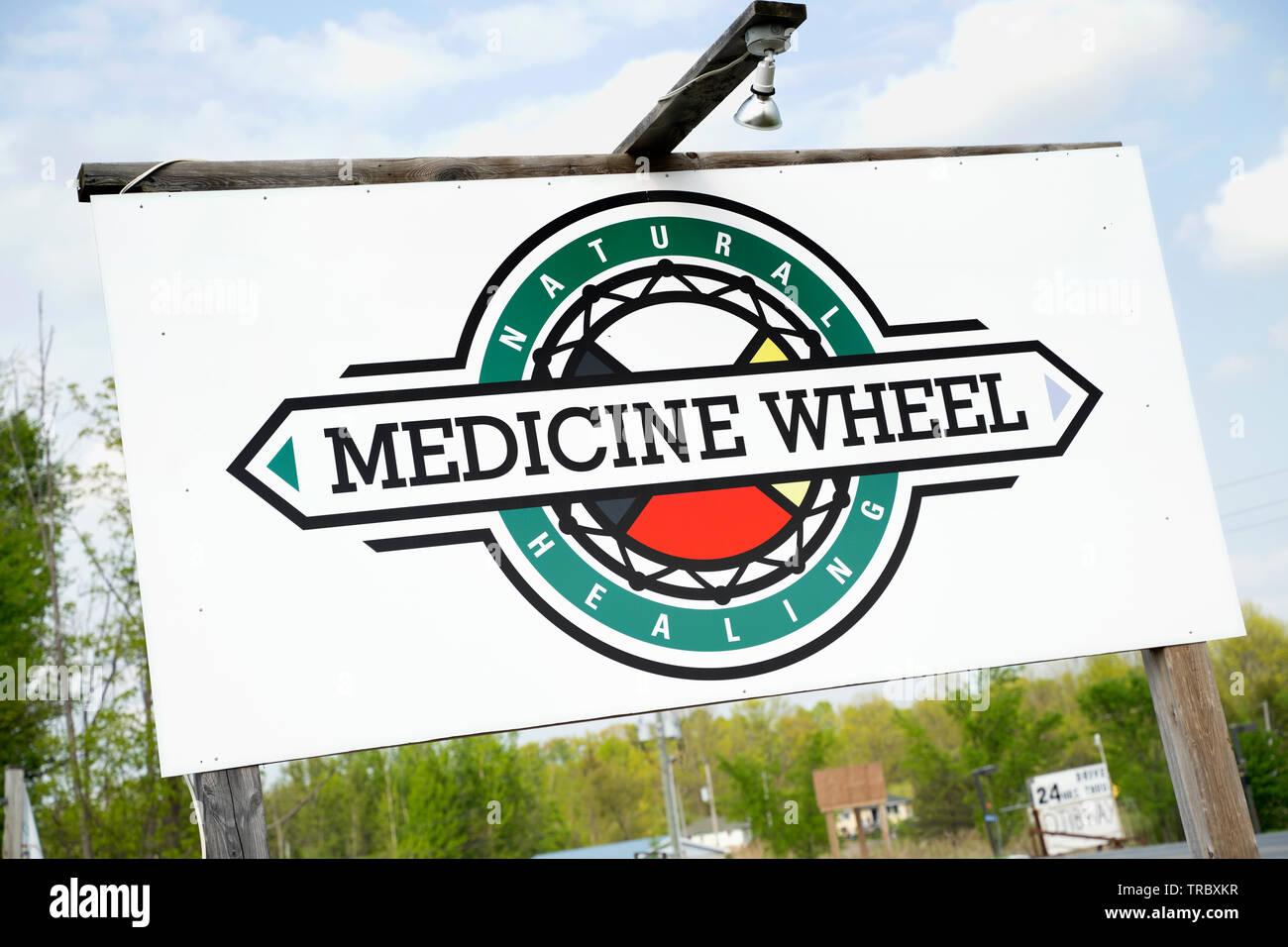 Signe de la roue de médecine, d'un dispensaire de cannabis à Alderville, Ontario, Canada Photo Stock