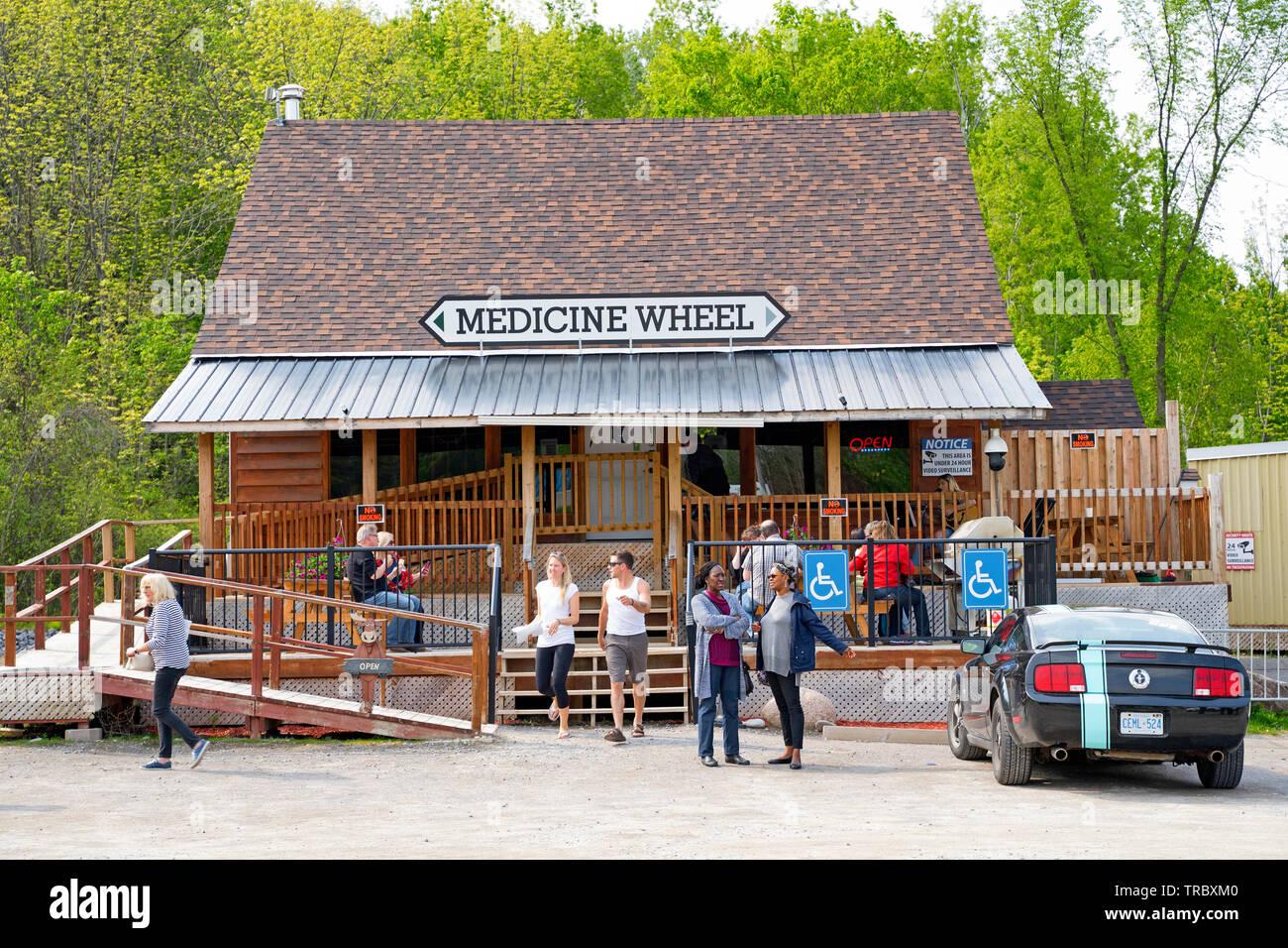 Roue de médecine, un dispensaire de cannabis THC, CBD à Alderville, Ontario, Canada Photo Stock
