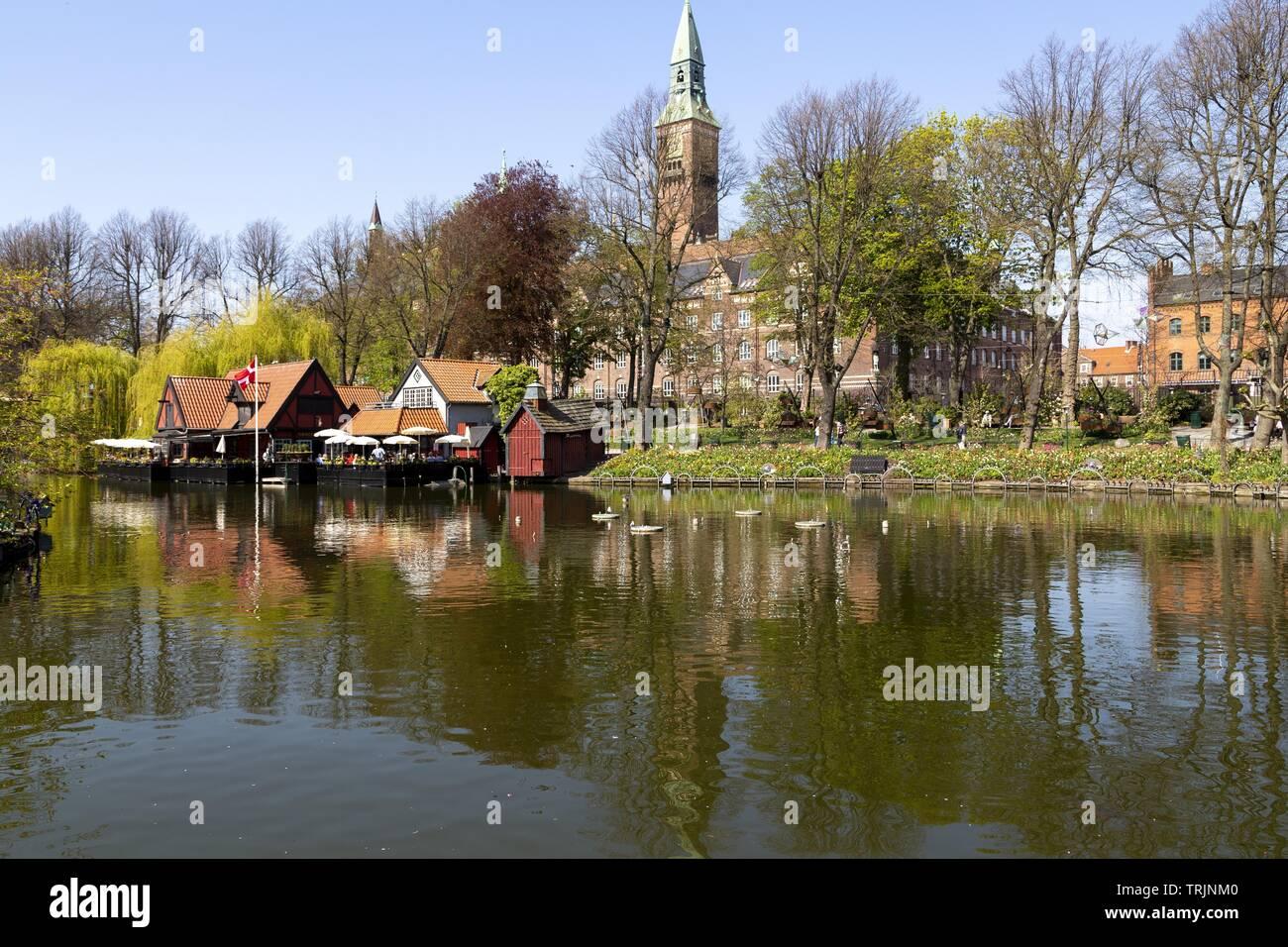 """Le """"Tivoli Gardens est situé dans le centre de Copenhague. Ouvert au public le 15 août 1843, de l'AMT. Tivoli' 'est pas touristiques les plus visités Banque D'Images"""