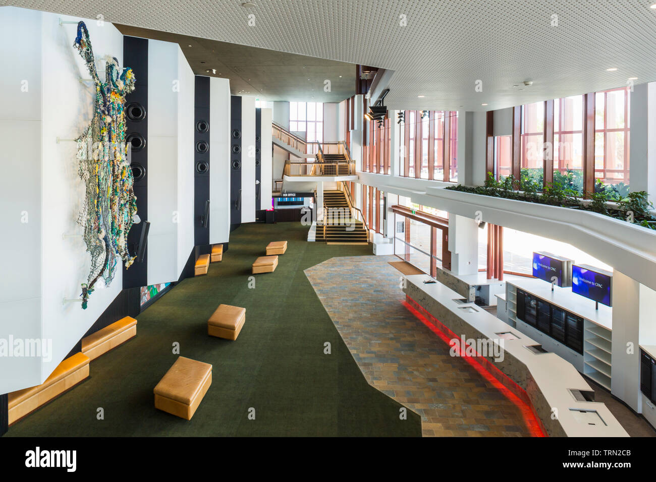 Le foyer de la Cairns Performing Arts Center, achevé à la fin de 2018. Cairns, Queensland, Australie Banque D'Images