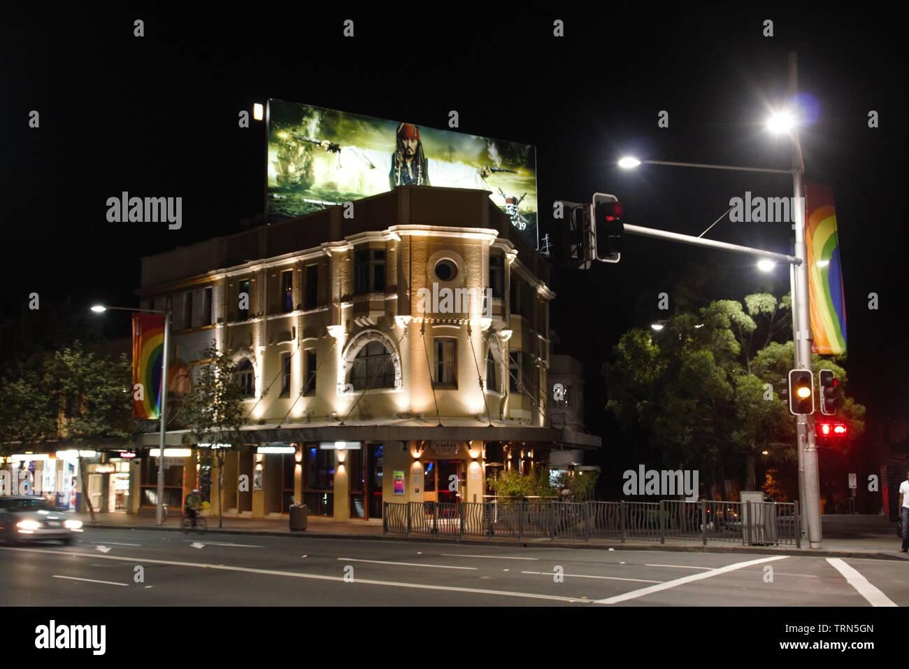 Belle effrayant édifice public dans le centre de Sydney par nuit Photo Stock