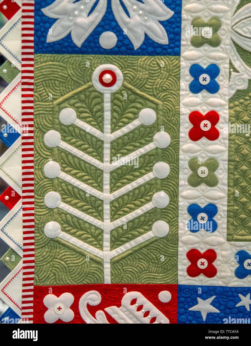 Close up detail de Janome America Best of Show - Moutons & BOUTONS & PEARLS, OH MY! Par Janet Stone au printemps Quilt Show 2019 Paducah Kentucky USA Banque D'Images