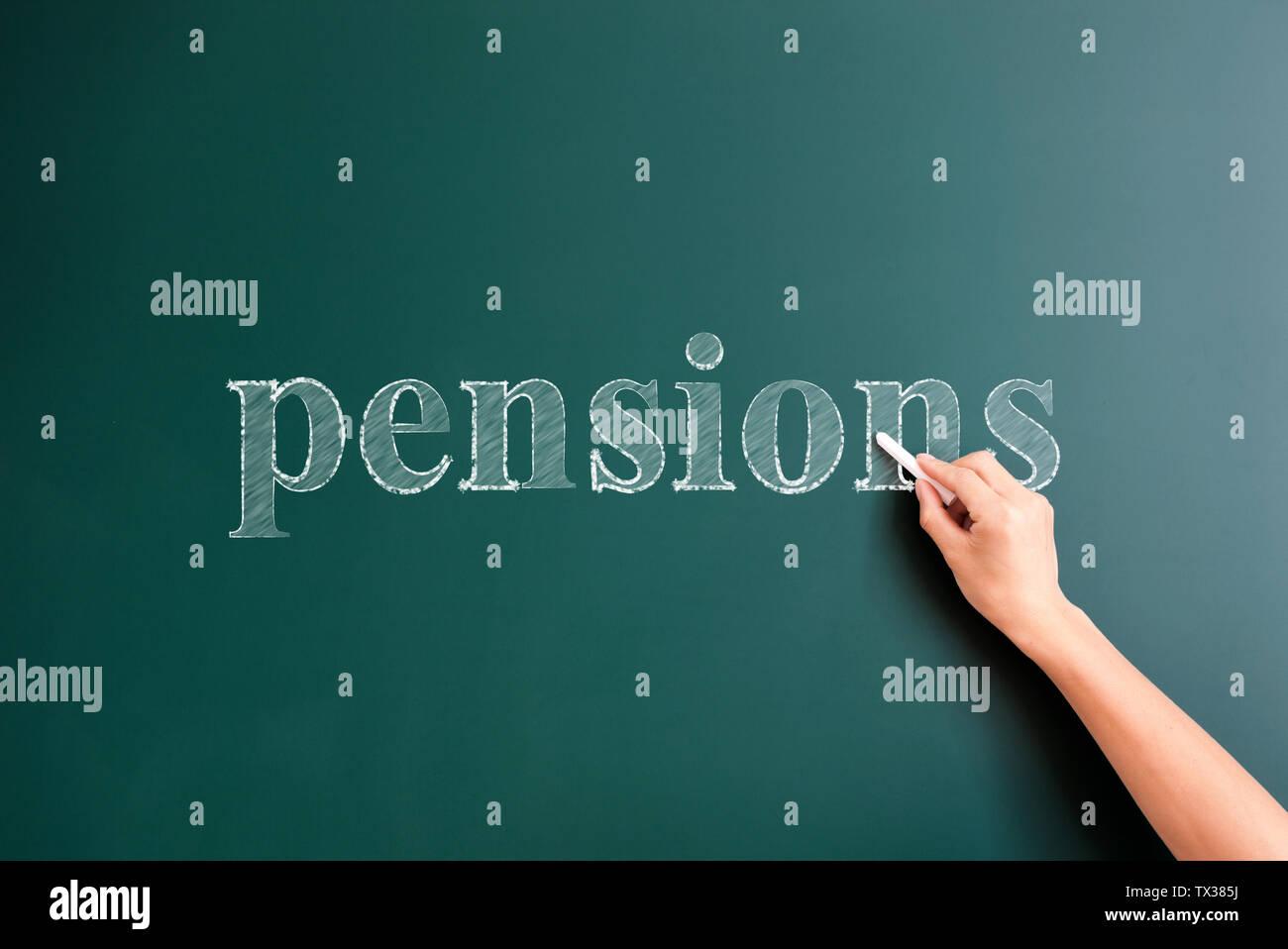 Pensions écrit sur tableau noir Photo Stock