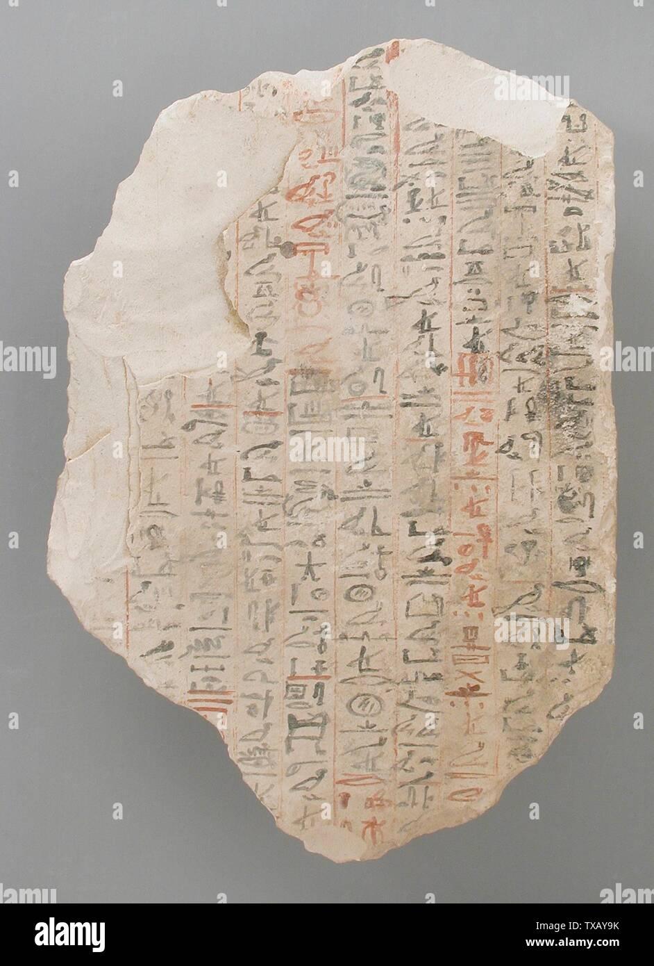 """'Ostracon avec la partie du texte littéraire """"l'Instruction du Roi Amenemhat' (image 2 de 2); l'Égypte, Nouvel Empire, 19e et 20e dynastie (1315 - 1081 avant notre ère) Outils et équipement; calcaire ostraka 7 x 4 3/4 in. (17,8 x 12,1 cm) Don de Carl W. Thomas (M.80.203.204) L'art égyptien; 19e et 20e dynastie (1315 - 1081 avant notre ère); ' Photo Stock"""