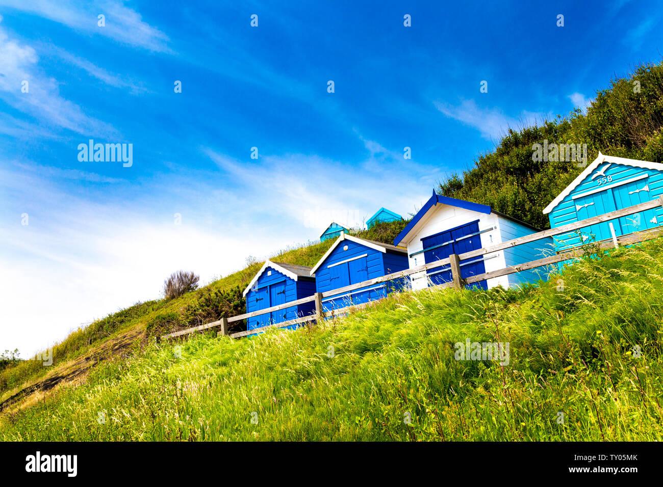 Cabines de plage à Felixstowe, Suffolk, UK Banque D'Images