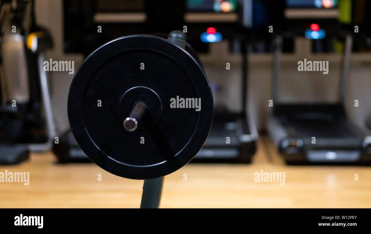 Poids en salle de gym, Close up photo horizontale Photo Stock