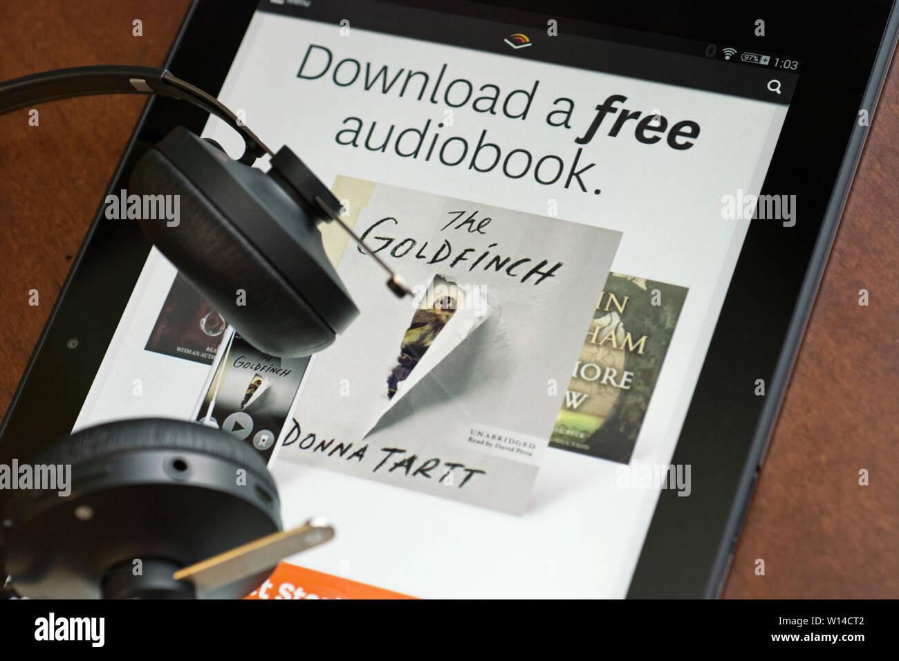 Site Web Audible sur tablette, offre de télécharger gratuitement un livre audio Photo Stock