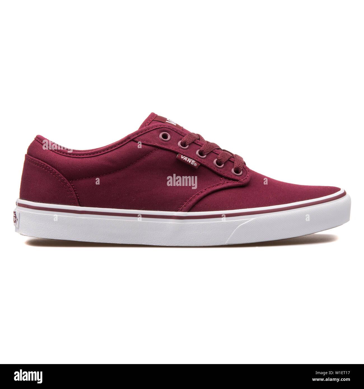Vans Shoe Banque d'image et photos - Alamy