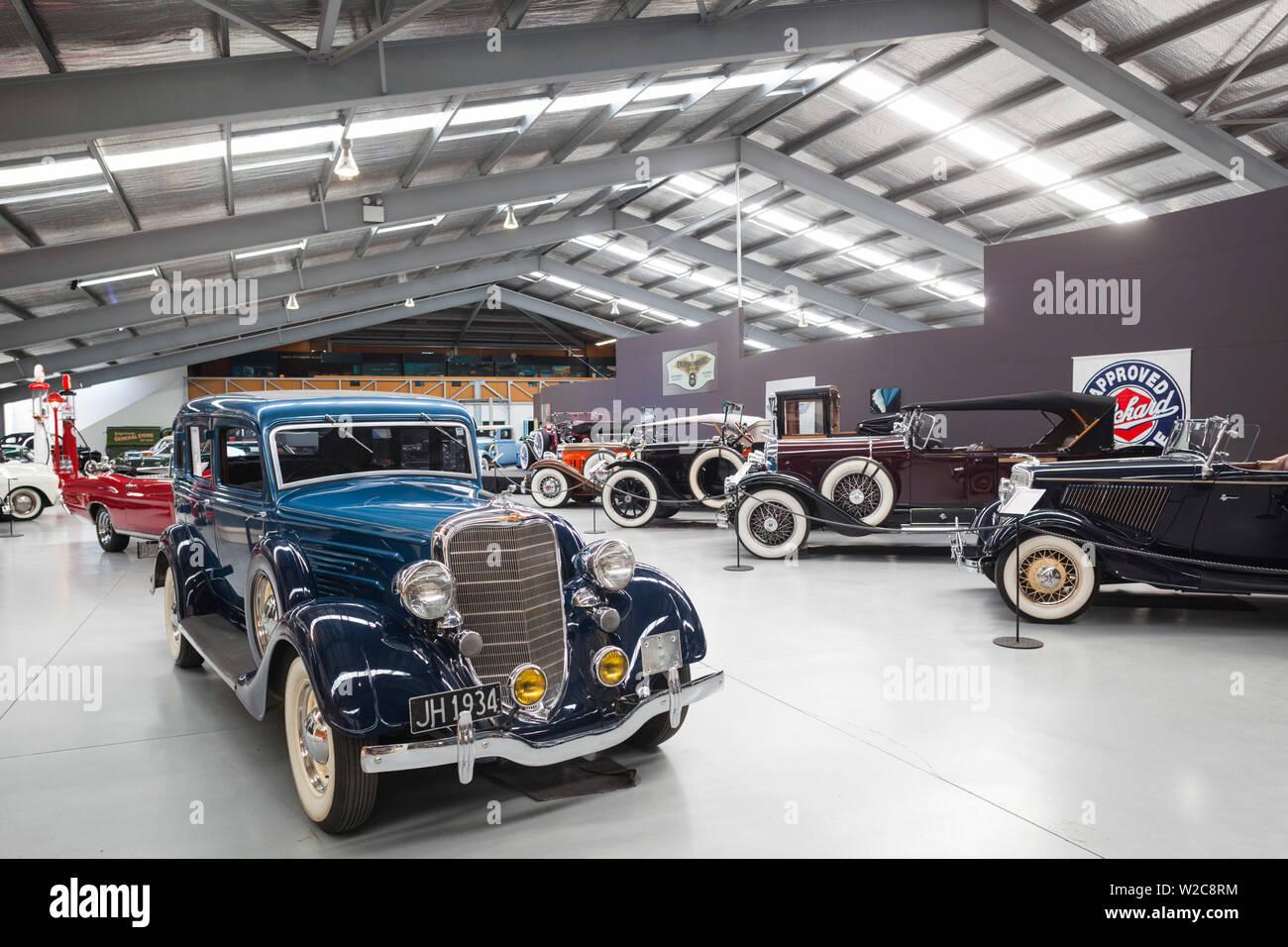 Nouvelle Zélande, île du Sud, Otago, Wanaka, Warbirds et roues Museum, voitures anciennes Banque D'Images